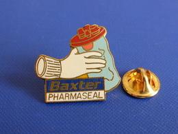 Pin's Matériel Médical Baxter Pharmaseal (YD1) - Medical