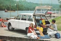 """AUTOMOBILE . LA """" BREAK 204 PEUGEOT"""" . IDÉALE POUR DES VACANCES EN FAMILLE. ANNEE 1969 - Voitures De Tourisme"""