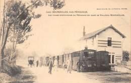.D.18-2350 :  BOURDEILLES PRES PERIGUEUX. LE CHEMIN DE FER DEPARTEMENTAL  EN GARE DE VALLEUIL. TRAIN - France