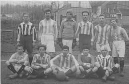 Photo.  Un Groupe De Joueurs Non Identifié. Photo  Prise Par( Ateliers Descamps à Wavre)--scan-- - Football