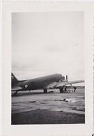 Photographie Originale AVIATION INDOCHINE Aéroport CAT BI - HAÏPHONG - Dakota DC3 - Aviation