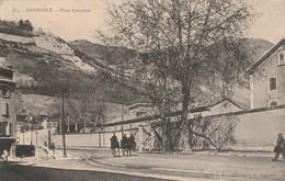 Isère : GRENOBLE : Place Lavalette ( Carte Souple A Recoller ) - Grenoble