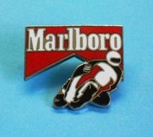 1 PIN'S //   ** CIRCUIT MOTO / MARLBORO ** - Motorbikes