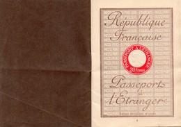 PASSEPORT A L'ETRANGER RF - TAMPON BARCELONE  1928 - Old Paper
