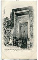 CPA COMORES - Sultanat D'Anjouan Porte Sculptée D'un Ancien Palais De Mutsamudu ( Animée ) - Comoros