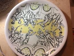 Piatto In Ceramica Remo Brindisi Gioco Del Ponte Pisa Bour Bon Tiratura Limitata - Ceramics & Pottery
