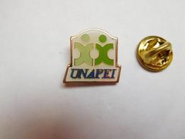 Beau Pin's , Association , UNAPEI , Union Nationale Des Associations De Parents, De Personnes Handicapées Mentales - Associations