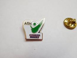 Beau Pin's , Association , AFM , Association Française Contre Les Myopathies , Course Maizet , Calvados - Associations