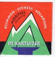 AUTOCOLLANTS . STICKER   MORTSEL . DE KARTUIZER .  KLIMMEN . FITNESS . SOLARIUM . - Stickers