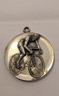 MEDAILLE 10. Brevet Eurodax 1980 200KM - Tokens & Medals