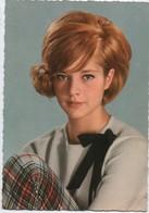Portrait D'Artiste Façon Carte Postale / Sylvie VARTAN /Lévin/ EDUG/ Années 1960      PA192 - Entertainers