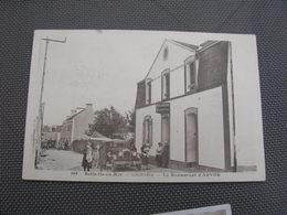 Cpa 9x14 V DD Belle Ile En Mer Locmaria Le Restaurant D Arvor Voiture Ancienne Animation Rare Bon Etat - Belle Ile En Mer