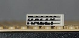Lego Plate Blanc 1 X 4 Avec Motif RALLYE Et Stries Ref 2431pb004 - Lego Technic