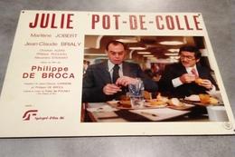 Grande Affichette Photo Cartonnée, Promo Du Film Julie Pot-de-colle - Cinéma - J.C. Brialy - Comédie 1977 - Photographie