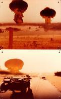 2 Grandes Affichettes Cartonnées Promo Du Film & Cinéma Sur Une Catastrophe Nucléaire - Bombe & Vision De Fin Du Monde - Photographie