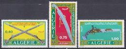 Algerien Algeria 1970 Waffen Arms Weapons Säbel Saber Gewehre Guns Rifles Pistolen Pistols, Mi. 553-5 ** - Algerien (1962-...)