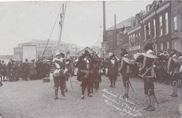 Vlissingen, Admiraal De Ruijter Inspecteert 't Vendel  (originele Fotokaart) Historische Parade Anno 1907 (2 X Scan) - Vlissingen