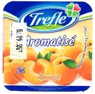 """Opercule Cover Yaourt Yogurt """" Trèfle """" Aromatisé Abricot Apricot New Design Yoghurt Yahourt Yogourt French Script - Opercules De Lait"""