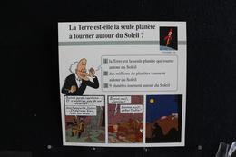 Fiche Atlas,TINTIN (extrait De,Le Temple Du Soleil) - Univers,N°10 La Terre  Est Une Planète Qui Tourne Autour Du Soleil - Collections