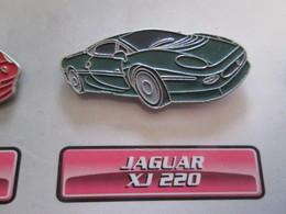 210c Pin's Pins / Beau Et Rare : Thème AUTOMOBILES : JAGUAR XJ 220 - Jaguar