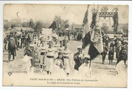 VICHY (03) Fête Fédérale De Gymnastique - Le Défilé De La Société De Tunis - Vichy