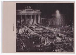 """DT- Reich (000287) Propaganda Sammelbild Deutschland Erwacht"""""""" Bild 111, SA Maschiert Durchs Brandenburger Tor - Deutschland"""
