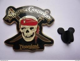 Big Pin S Disney PIRATES 4,5 X 4  Cm Double Moule  Neuf - Disney