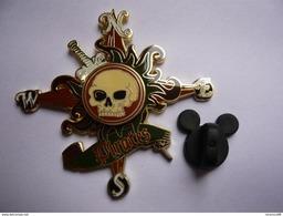 Big Pin S Disney Pirates Double Moule 5 X 5 Cm  Neuf - Disney