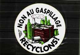 Autocollant  -       LES VERTS   Dunkerque    NON Au Gaspillage   RECYCLONS ! - Stickers