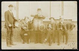 Photo Ancien / Foto / Photo / Music Band / Fanfare / Groupe De Musique / Postcard Size / Unused - Photographie