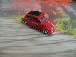 Véhicule De Pompier - Volkswagen Coccinelle 1950 VILLE D'EU (76) - 1/43 - SOLIDO FRANCE - - Pompiers