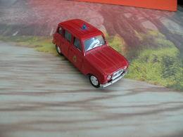 Véhicule De Pompier - Renault 4L 1964  - 1/43 - SOLIDO FRANCE - - Pompiers