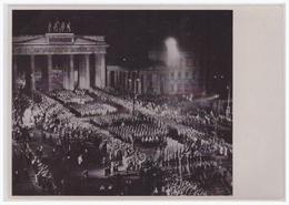 DT- Reich (000465) Propaganda Sammelbild Deutschland Erwacht Bild 111, SA Maschiert Durchs Brandenburger Tor - Germany