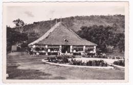 """Bangui (Oubangui A.O.F.) L'Auberge """"Sans Soucis"""" Au Km. 10, Route De Damara (terrasse Animée) - Pas Circulé - Centrafricaine (République)"""