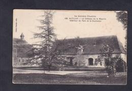 Altillac (19) Chateau De La Majorie Interieur Du Parc Et Clocheton ( Ed. Paucot ) - Frankreich