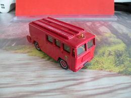 Véhicule De Pompier - Berliet GAK 17 Fourgon Mixte - 1/55 - SOLIDO FRANCE - N°26 - Pompiers