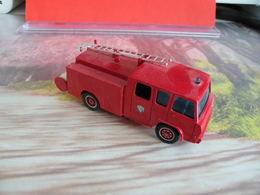 Véhicule De Pompier - Berliet 770 KE - 1/72 - SOLIDO FRANCE - N°8 - Pompiers