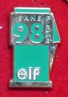 Pin's Pins POMPE SANS PLOMB 98 ELF - Pin's