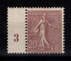 Semeuse Lignée YV 131 N* (trace Tres Legere, Quelques Dents Légèrement Foncies Là Où était La Charniere) Cote 75 Euros - France