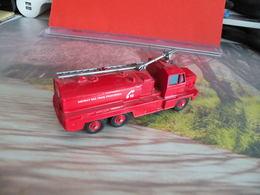 Véhicule De Pompier - Berliet GBC 34 Lance Mousse - 1/72 - SOLIDO FRANCE - N°59 - Pompiers