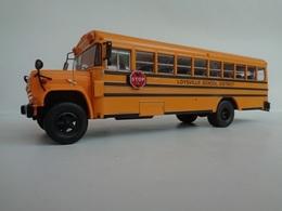 AUTOCAR  GMC 6000 SCHOOL BUS-1/43- Avec Fascicule - Other