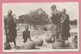 Southern Rhodesia - Rhodésie - MASHONAS Selling Pots - Zimbabwe
