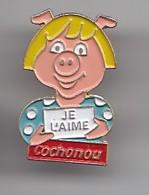 Pin's Cochonou Je L'aime Cochon  Réf 4648 - Animaux