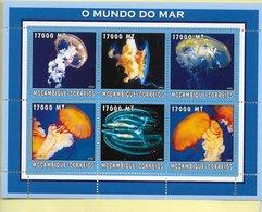 TIMBRES- STAMPS- SELLOS - MOZAMBIQUE / MOÇAMBIQUE -2002- LE MONDE DE LA MER - MÉDUSES - SÉRIE TIMBRES NEUFS - MNH - Mozambique