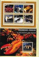 TIMBRES- STAMPS- MOZAMBIQUE / MOÇAMBIQUE -2002- LE MONDE DE LA MER - CRUSTACÉS - SÉRIE ET BLOC AVEC TIMBRES NEUFS - MNH - Mozambique