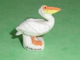 Fèves / Animaux : Le Pélican    T102 - Animals