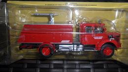 "CAMION   POMPIER    /  BERLIET GLC 28  4X4  ""  1/43 E   NEUF DANS SA BOITE D'ORIGINE + FASCICULE - Trucks"