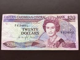 EASTERN CARIBEAN P24 20 DOLLARS 1988.1993 VF - East Carribeans