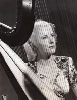 Joueuse De Harpe Elaine Vito Mildred Bailey & Co Ancienne Photo CBS 1940's - Famous People