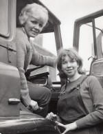 Sheffield Soeurs Ann Shirt & Glenys Chauffeuse De Camions Ancienne Photo 1965 - Professions